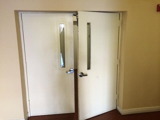 Door install 3