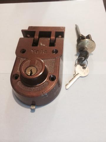 Lock install