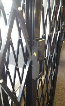 Montgomery County MD Install Security Gate for Store