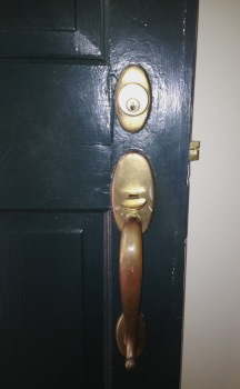 Installing Friendship Heights, Maryland Entry Way Locks