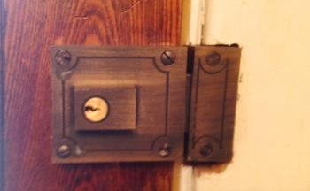 Replacement of Aged Colony Hill, Washington DC Door Locks